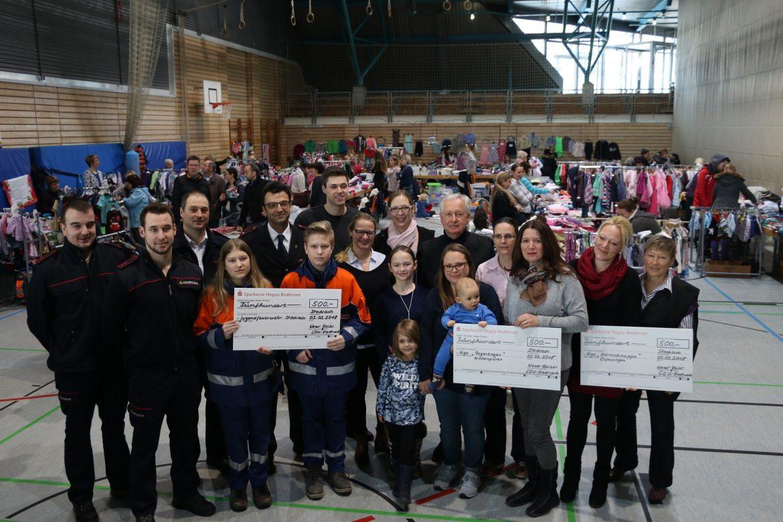 Spendenübergabe an die Jugendfeuerwehr