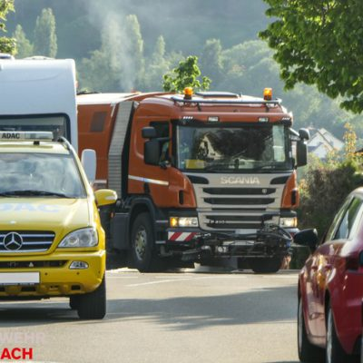 Reinigung der Straße / Bild: Feuerwehr Stockach